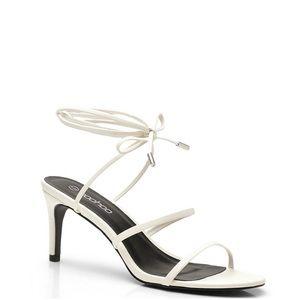 Skinny strap sandals